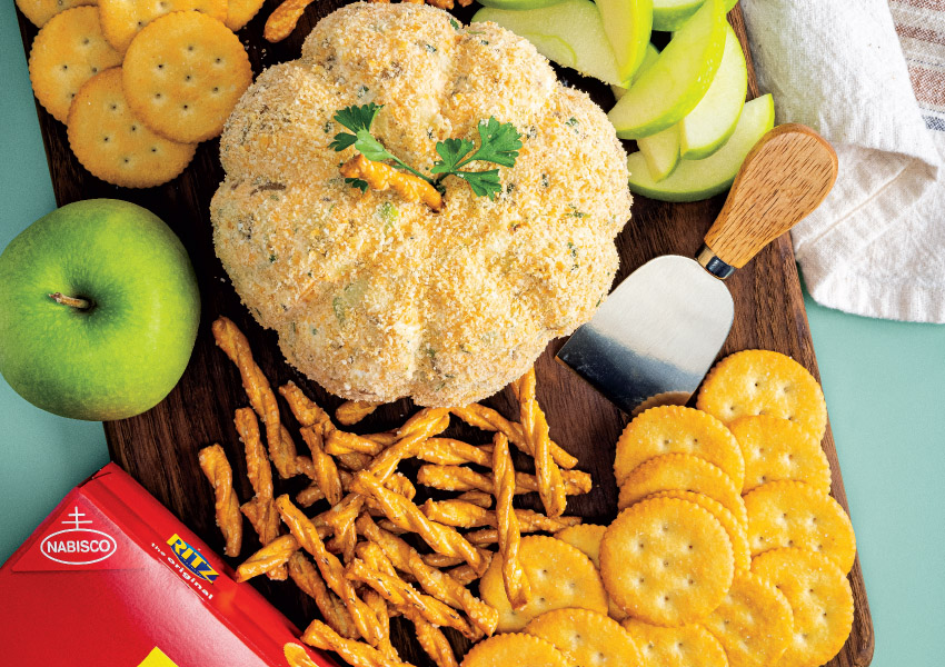 Apple-Cheddar Cheeseball